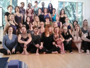 Group of yogis posing for a picture